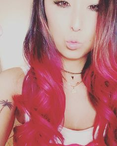 WEBSTA @ ma._.kiii - Oooppsss!! I did it again😜🦄💖😏 #Huge #ombre #ombrehair #manicpanic #hothotpink #pink #obbsessed #idontcare #longhair #hairstyle #myself #loveit #summer #girl #mystyle #colorful #Like4Like #TagsForLikes #InstaDaily #InstaMood #Instagram #Tflers #photooftheday #photography #photographylovers #Tokyo#マニパニ #マイサロン #ピンク #最高