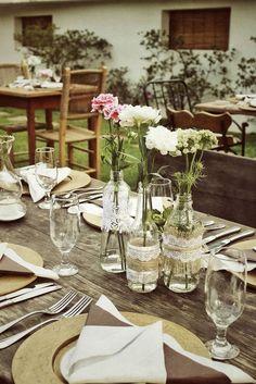 casamento | jardim | garrafas | renda | juta |