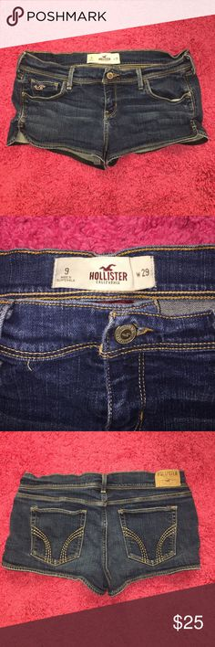Hollister Jean Shorts Super cute Hollister Jean Shorts Size 29! In perfect almost new condition no rips or stains! Hollister Shorts Jean Shorts
