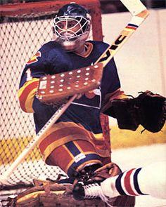 Hockey Goalie, Hockey Teams, Hockey Rules, Goalie Mask, New Jersey Devils, Vancouver Canucks, Colorado Rockies, Nhl, Baseball
