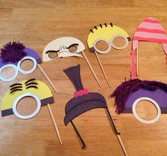 Minion party photo props
