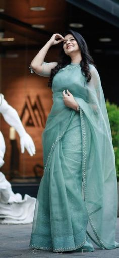 Trendy Sarees, Stylish Sarees, Fancy Sarees, Stylish Dresses, Simple Sarees, Half Saree Designs, Sari Blouse Designs, Fancy Blouse Designs, Blouse Patterns