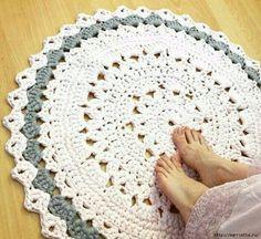 Round rug hook of the knitting yarn (1) (700x641, 408Kb)