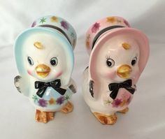 Adorable vintage chicks in bonnets salt and by TheCatzPajamas