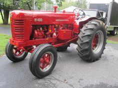 RARE1956 INTERNATIONAL HARVESTER FARMALL TRACTOR W-400 GAS / DIESEL