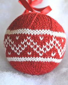 7 Christmas Balls pattern - love this idea!