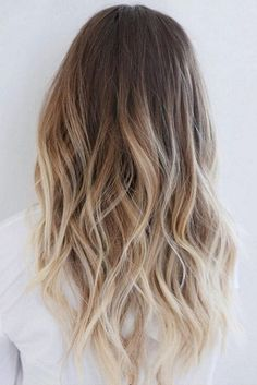 Brown to blonde ombre hair - Balayage Hair Color Ideas with Blonde, Brown and Caramel Highlights Brown To Blonde Ombre Hair, Balayage Hair Blonde, Ombre Hair Color, Red Blonde, Blonde Layers, Ombre Bob, Brown To Blonde Balayage, Balayage Straight, Balayage Color