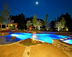Traditional Pool Outdoor Toilets Design, Pictures, Remodel, Decor and Ideas - page 52