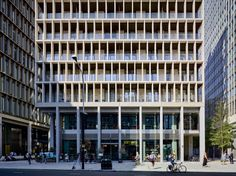 Gallery of The Zig Zag Building / Lynch Architects - 4