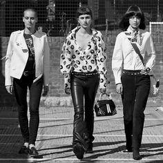 2015   Tod's Band and the Wave Bag - Langley Fox Hemingway and Julia Restoin Roitfeld   Harper's Bazaar
