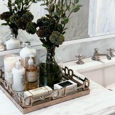 29 stunning spa bathroom decorating ideas 5 – Home Design Bathroom Vanity Tray, Bathroom Counter Decor, Bathroom Vanity Decor, Bathroom Wallpaper, Bathroom Interior Design, Bathroom Staging, Bathroom Organization, Zebra Bathroom, Parisian Bathroom