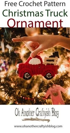 Free Crochet Pattern For The Christmas Truck Ornament - Herzlich willkommen Crochet Christmas Decorations, Crochet Christmas Ornaments, Christmas Crochet Patterns, Christmas Knitting, Crochet Ornament Patterns, Crochet Snowflakes, Diy Ornaments, Beaded Ornaments, Glass Ornaments