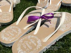 Sandalias para boda color beige y correa blanca