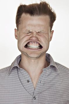 Lithuanian photographer and artist Tadao Cern has been working on a series of hilarious portraits entitled, ahem, Blow Job, that depicts individuals enduring gale-force winds directly to the face. L'art Du Portrait, Portraits, Portrait Ideas, Vent Violent, Strange Photos, Crazy Photos, Wtf Face, Face Expressions, Pictures Of People