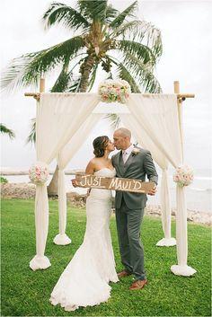 Lovely Maui Wedding - Ritu + Tod - The Daily Wedding
