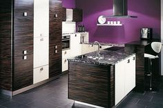 Wow! Purple looks great in the kitchen.