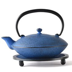 A beautifully blue-colored teapot made from famous Nanbu Iron. 8,640yen.  http://fujimaki-select.com/item/093_0012.html?utm_source=fb&utm_medium=rp&utm_content=2&utm_campaign=140717_1700
