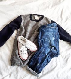 Keep it simple #oodt #lookoftheday #sacondhandfashion #basics