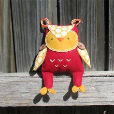 'Hive' the woodland felt owl friend | Puddle Ducklings | madeit.com.au