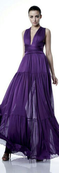 Zuhair Murad Haute Couture - Spring/Summer 2012 / Passion - To Be or Not to Be! Zuhair Murad, Purple Love, Shades Of Purple, Deep Purple, Purple Things, 50 Shades, Purple Gowns, Purple Dress, Beautiful Gowns