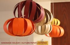 More fall handicrafts for teaching ^. ^DIY paper lanterns to display at every holiday celebration - Halloween, St.DIY paper lanterns to display at any holiday celebration - Halloween, St. Fall Crafts, Holiday Crafts, Holiday Fun, Crafts For Kids, Kids Diy, Christmas Time, Holiday Ideas, Fete Halloween, Halloween Crafts