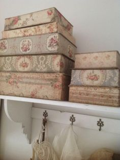 Fabric Covered Boxes - FLEA TOYS BRODERIE Come .... we do games