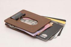 Binder+Clip+Wallet+-+Very+slim+and+secure+by+motherfucker.
