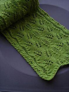 Haruha scarf by Mari Muinonen / tikru(pic by orange_fish17)