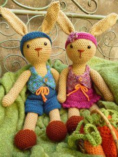 Ravelry: Brenda and Benjamin Bunny pattern by Janine Holmes.