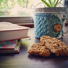 Good morning!  Last night I finished the cutest mug cozy in sea glass blue! I must make more of these in some other colors ASAP. I love the texture and my handmade tree branch button just tops it off perfectly.   Today we have a chiropractic appointment  doctor appointments shopping  house work and a few other things to do but I've got my caffeine and devotional to start me out right! Happy Monday everyone!     #crochetersofinstagram #knittersofinstagram #crochetaddict #crochetlove…