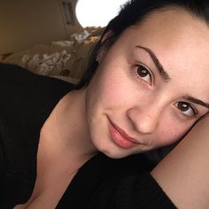 """""""Forgot to post this a while back... Let's start a new Twitter/Instagram trend: #NoMakeupMonday... Why? Cause we deserve to show the world our beauty and…"""""""