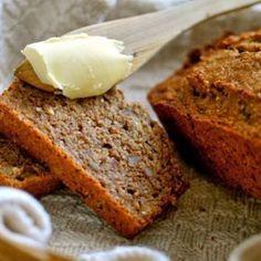 Sundt groft bananbrød opskrift. En lækker og nem opskrift, som alle kan lide, og som kan anbefales at prøve af. Et groft bananbrød uden hvidt sukker. Baking Recipes, Cake Recipes, Bread Cake, Bread And Pastries, Banana Bread, Cravings, Sweet Tooth, Bakery, Brunch