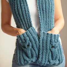Blue Owl Scarf With Pockets by afra on Etsy Knitting Kits, Loom Knitting, Hand Knitting, Hand Crochet, Knit Crochet, Crochet Hats, Loom Patterns, Knitting Patterns, Cowl Scarf
