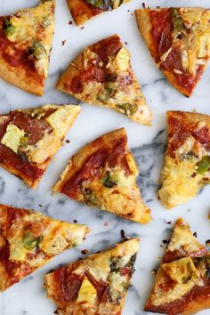 Pepperoni Pineapple and Hatch Chile Pizza | http://joythebaker.com/2015/08/pepperoni-pineapple-and-hatch-chili-pizza/
