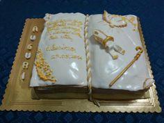 Miss cake: Santa Cresima: torta libro