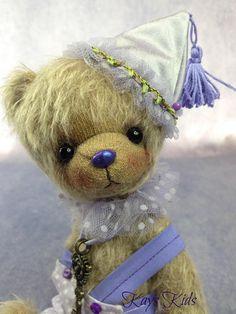 Hand made Teddy Bear 22 cm or 8 1/4 inches tall. Sparse mohair