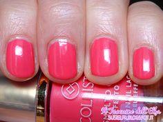 Smalto Gloss Effetto Gel N°549 Rosa Graziosa  #Collistar #smalto #unghie #nails #rosa #graziosa