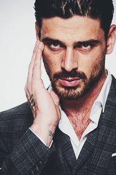 Just Beautiful Men, Beautiful People, Italian Men, Italian Suits, Bohemian Men, 365days, Actors Male, Fine Men, Dream Guy