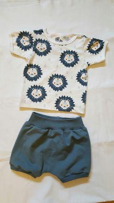 T-skjorte og shorts i str 80