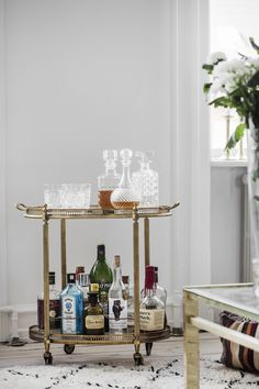 〚 Mixing styles in Danish apartment 〛 ◾ Photos ◾Ideas◾ Design Scandinavian Apartment, Interiors Magazine, Bar, Inspiration Boards, Interior And Exterior, Liquor Cabinet, Thrifting, Indoor, House