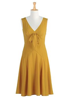 i love this colour for some reason. and the cut is very much modernized sadly no pockets :( Summer Outfits, Summer Dresses, Summer Clothes, Mellow Yellow, Mustard Yellow, Yellow Fashion, Custom Dresses, Vintage Fashion, Vintage Style