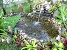 mini jardim e terrario - Pesquisa do Google Backyard Water Feature, Diy Garden, Ponds Backyard, Garden Design, Small Water Gardens, Fish Garden, Backyard Landscaping, Waterfalls Backyard, Lawn And Garden