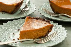 Coconut-Gingersnap Sweet Potato Pie // YUM! #holiday #recipe #Thanksgiving