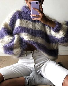 Macrame Mania – The Age-Aged Artwork Of Knotting Is Back With A Haute Couture Flavor – By Zazok Knitted Capelet, Rainbow Sweater, Angora, Mohair Sweater, Knit Fashion, Long Sweaters, Sweater Weather, Bunt, Winter Outfits