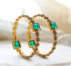 Gold Rings Jewelry, Pendant Jewelry, Jewellery, Gold Bangles Design, Jewelry Design, Gold Necklace Simple, Bold Necklace, Bangle Set, Bridal Jewelry Sets