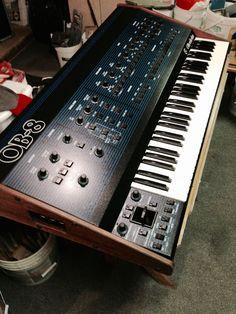 Oberheim Synthesizer SN Keyboard and DSX Sequencer Music Production Equipment, Recording Equipment, Music Machine, Drum Machine, Electronic Music Instruments, Musical Instruments, Vintage Synth, Vintage Keys, Adam Beyer