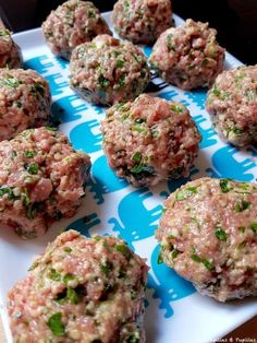 Lebanese Meatballs ~ you can& help but fall in love with these tender beef and lamb meatballs made with tons of fresh herbs, spices, and tangy goat cheese! Haitian Food Recipes, Lebanese Recipes, Meat Recipes, Cooking Recipes, Lebanese Cuisine, Cooking Ham, How To Cook Meatballs, Lamb Meatballs, Cherry Tomato Sauce