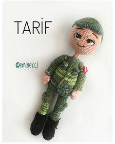 Amigurumi Soldier Recipe For Boys Crochet Dolls, Crochet Yarn, Amigurumi For Beginners, Amigurumi Tutorial, Amigurumi Toys, Perfect Photo, Toys For Boys, Arm Warmers, Free Pattern