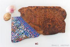 (35€) Handmade cheeseboar from Morocco, painted by a spanish artist #mwezimarket #cheeseboard #perfectpresent #present #handmade #wood #cheese #wood #morocco #deco #homestyle myorder@mwezimarket.com