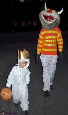 This homemade costume for families entered our 2012 Halloween Costume Contest.